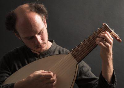 Bor Zuljan, luth et guitare